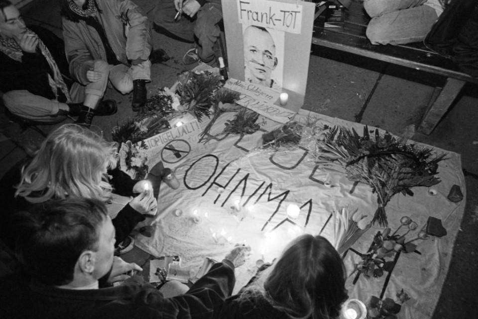 Ohnmacht und Verzweifelung prägen die Stimmung der jungen Punks, mit denen Frank Böttcher befreundet war.(Foto: Ch. Ditsch/version)